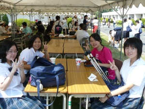 9-12-10 selp students enjoying the culture festival.JPG